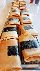 熊豆鮭魚鬆蛋捲.jpg