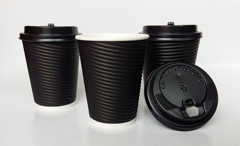 แก้วมีลอน(สีดำ) ขนาด 14 กับ 16 oz.