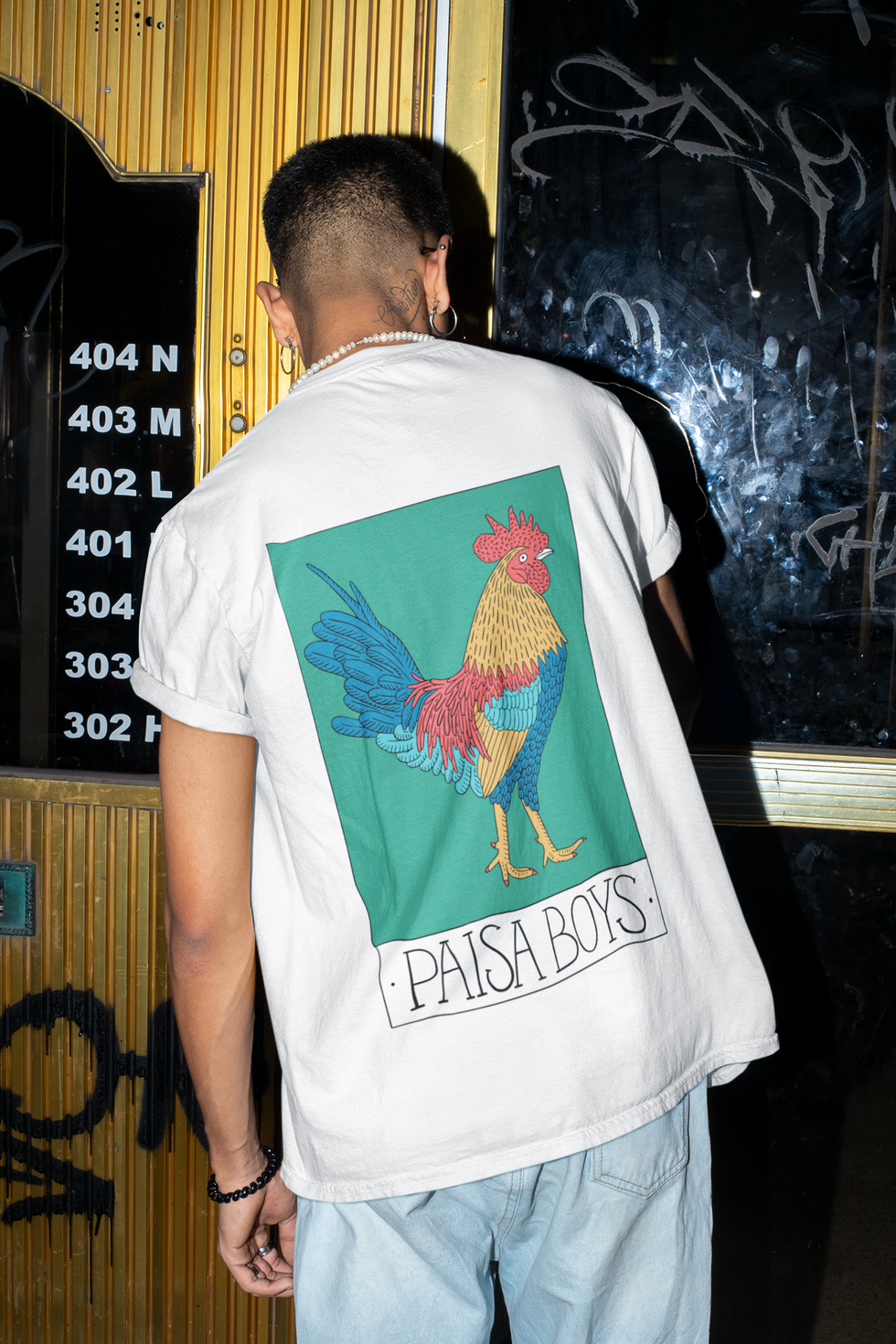 back-view-t-shirt-mockup-of-a-man-trying