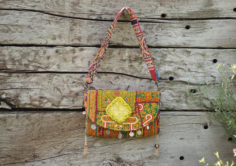 VALSALA Gypsy Clutch