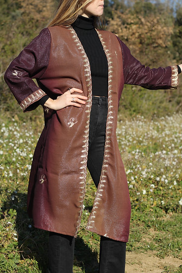 KAMA Devi Kimono