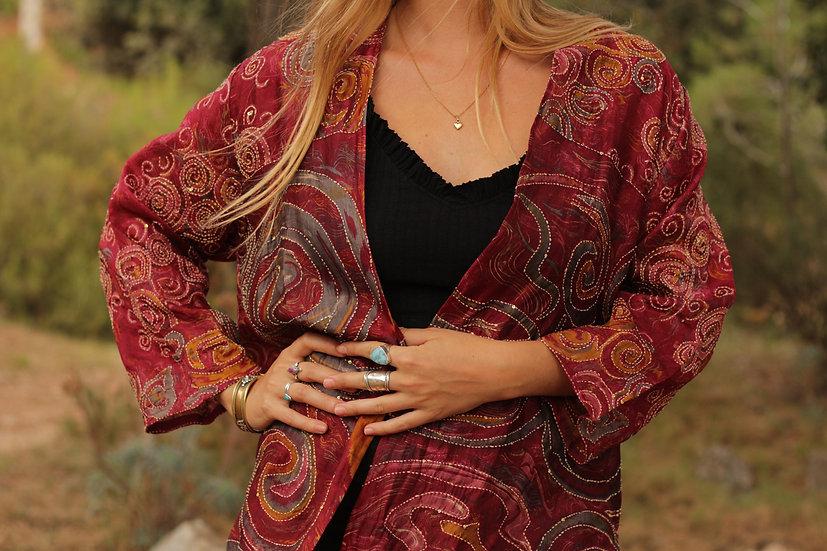 AVYAJA Devi Kimono