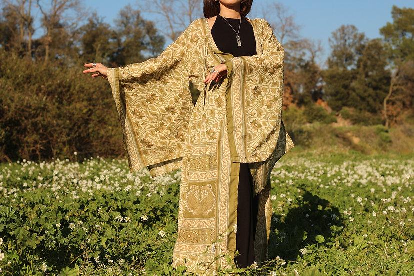 VARGA Lakshmi Kimono