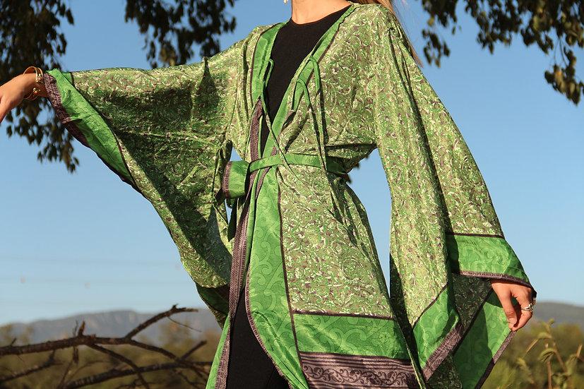 ISVARI Lakshmi Kimono