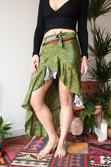 KOSANTRA Wrap Skirt (S/M)