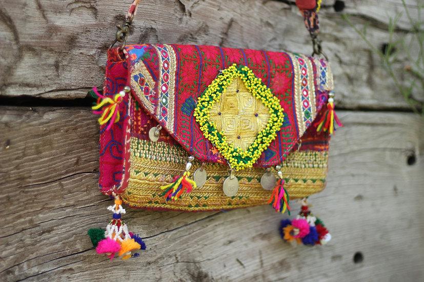 BHADRA Gypsy Clutch