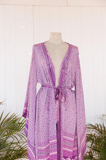 I̶m̶perfect Lakshmi Kimono