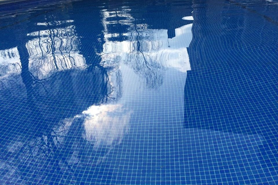 Swimming Pool Maintenance in Walton on T