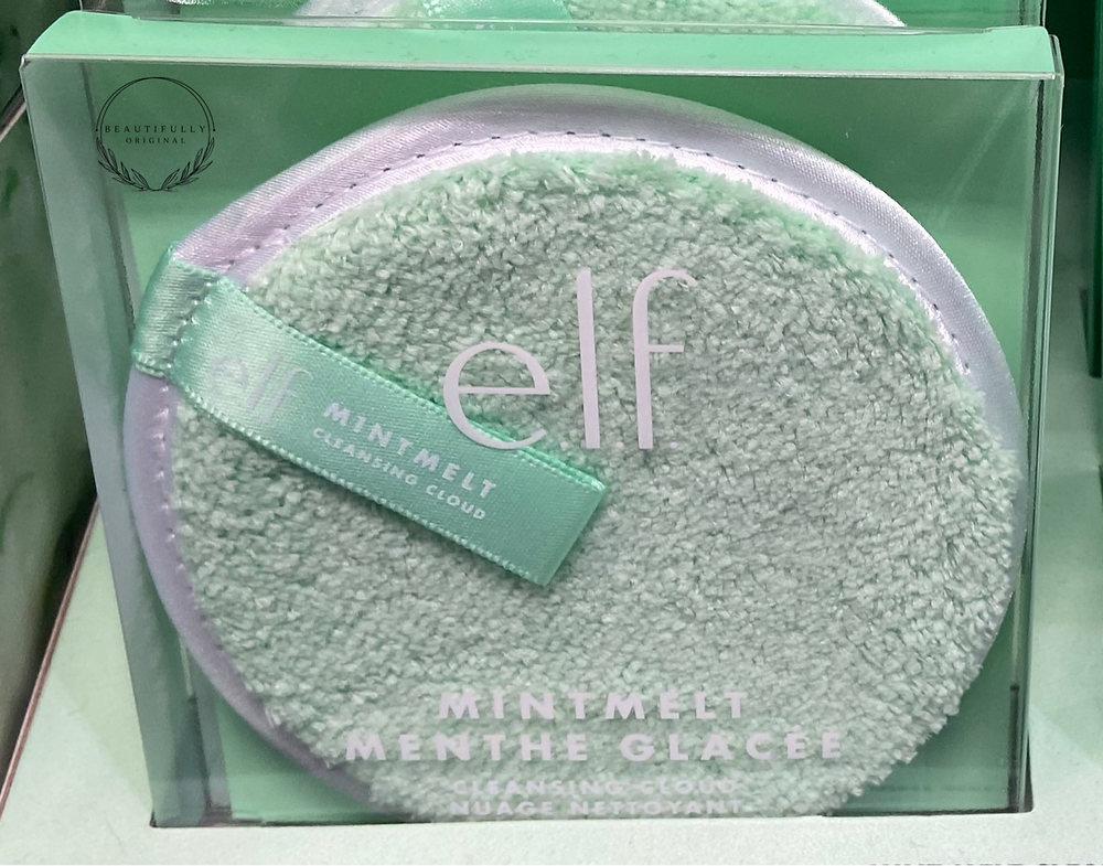 Elf's Special edition cleansing cloud a eco-friendly circular cleansing cloth in a special edition mint colour.