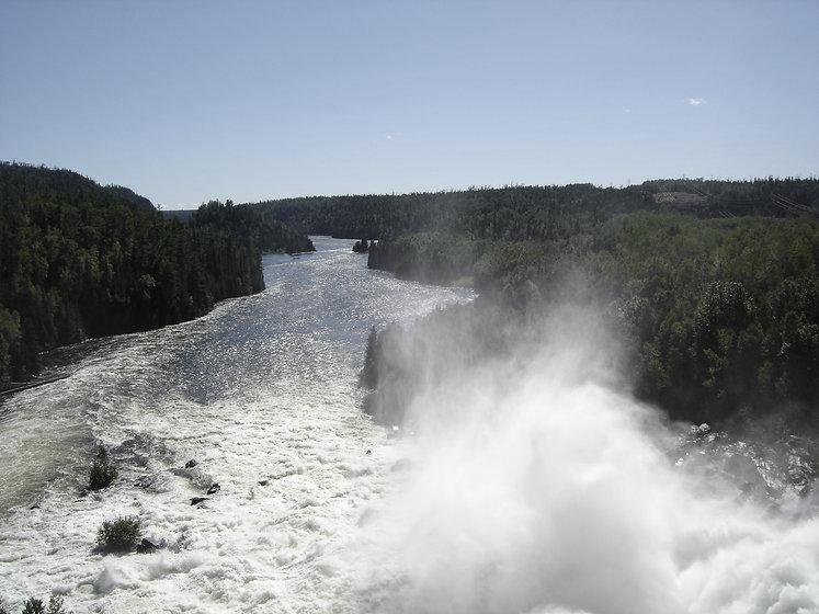 Pine Portage Dam Nipigon River.jpg
