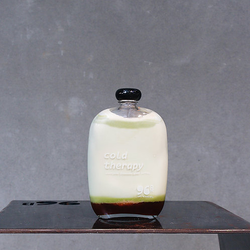 MATCHA+BERRY+CREAM in a bottle