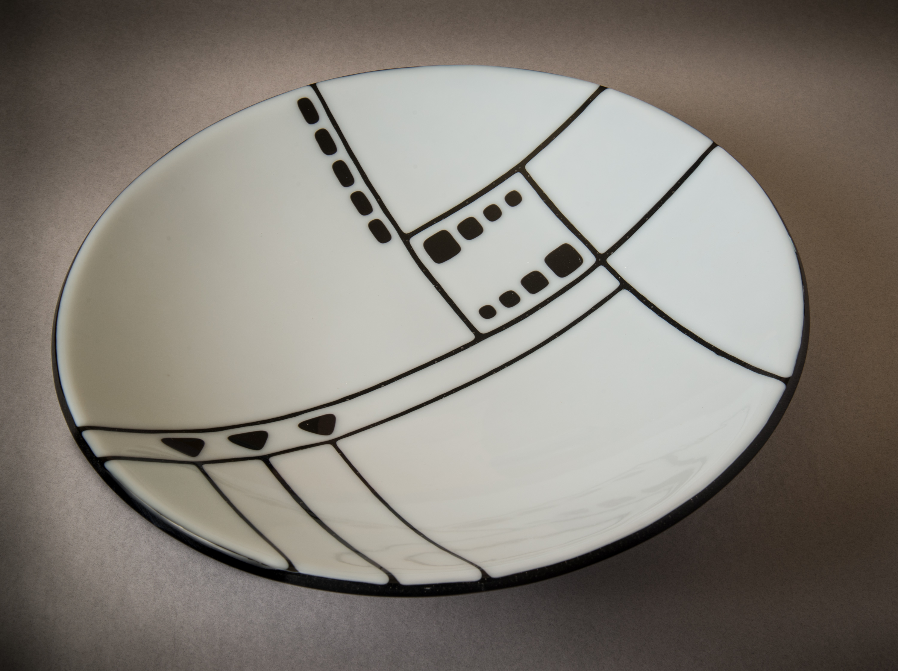 "Black+White - 14-1/2"" bowl"