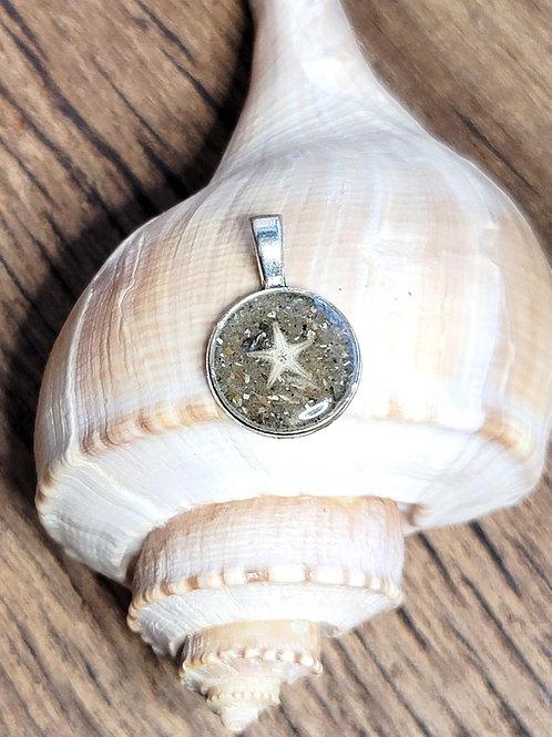 Edisto Beach Sand Circle Pendant with Starfish