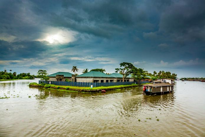 Boat House_2.jpg