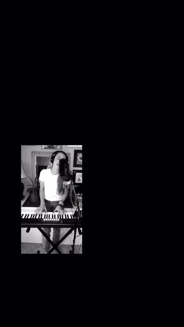 Barfuߟ am Klavier - AnnenMayKantereit