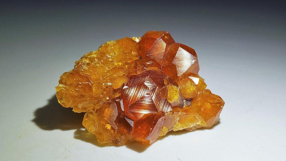 Spessartine Garnets on Feldspar from Wushan Mine
