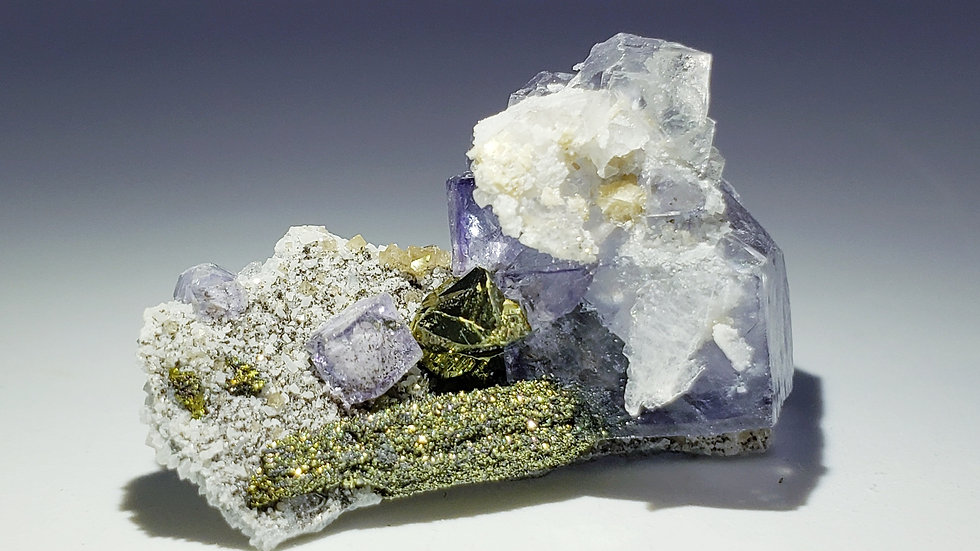 Fluorite, Calcite, Pyrite and Chalcopyrite from Yaogangxian Mine, China