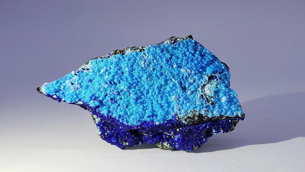 Gibbsite and Azurite from Yangwan Cu Deposit, Yunnan, China