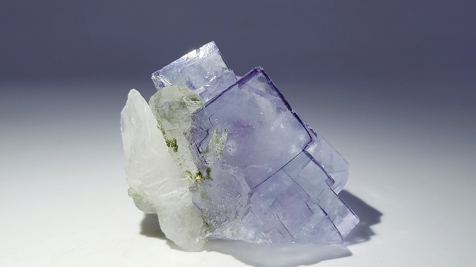 Fluorite with Quartz and Chlorite from Yaogangxian Mine
