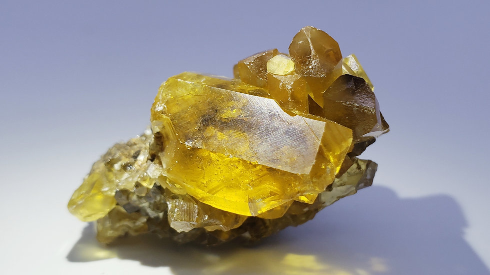 Golden-yellow Baryte (Barite) Crystals on Matrix from Xichang Co.