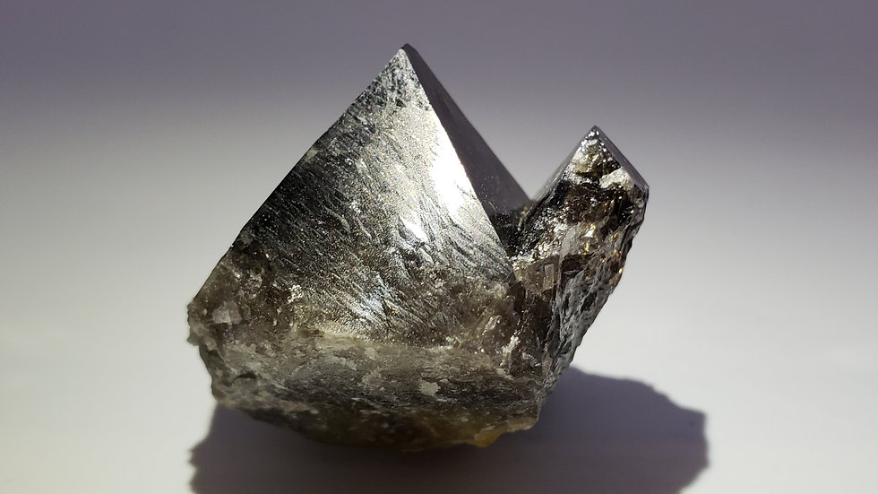 Octahedral Scheelite from Yaogangxian Mine, China