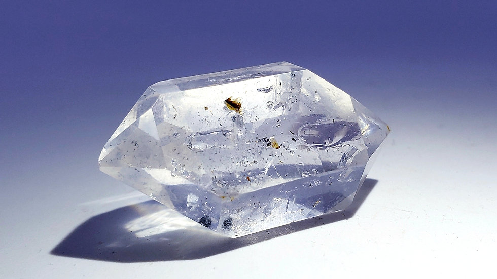 Enhydro Quartz var. Herkimer Diamond from Herkimer County, New York, USA