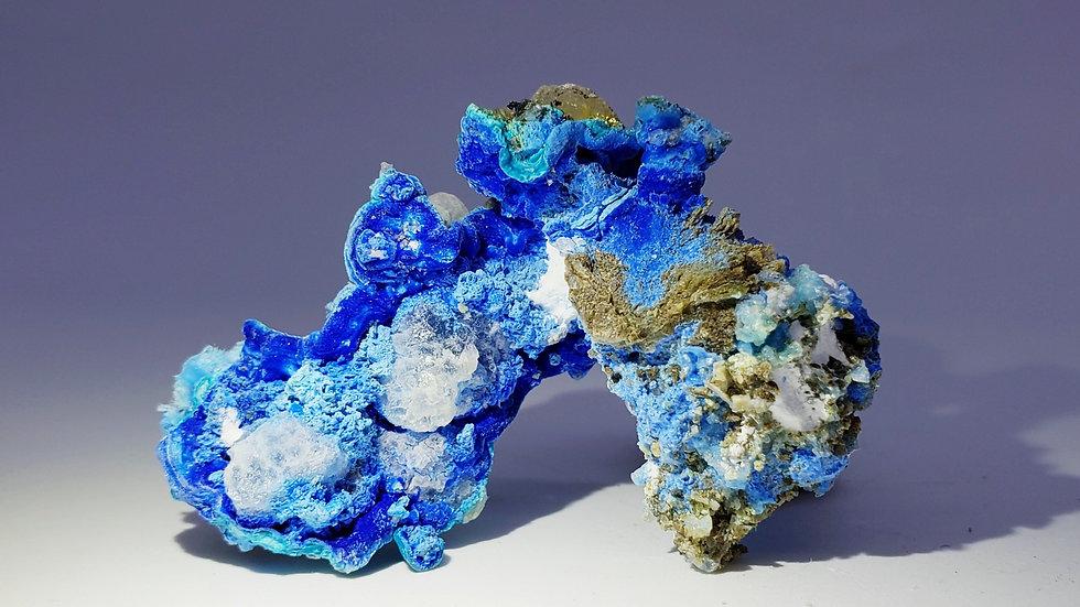 Carbonate Cyanotrichite on Limestone Matrix from Qinglong Mine