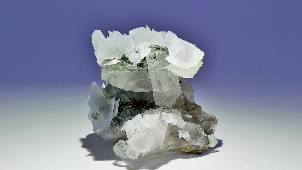 Quartz with Fluorite and Calcite from Yaogangxian Mine