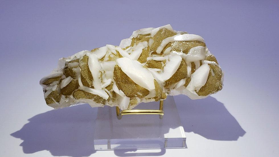 Bi-colored Calcite from Yongchun Co., Fujian, China