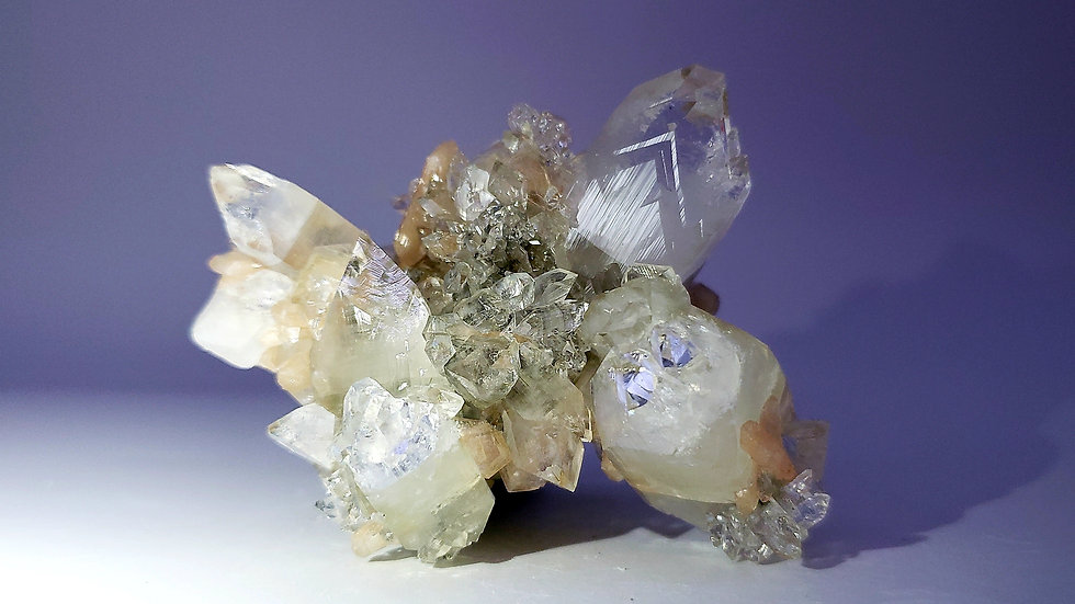 Collector's Piece: Apophyllite and Stilbite from Maharashtra, India