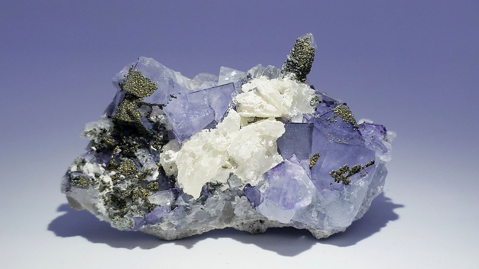 Fluorite with Quartz, Pyrite and Calcite from Yaogangxian Mine