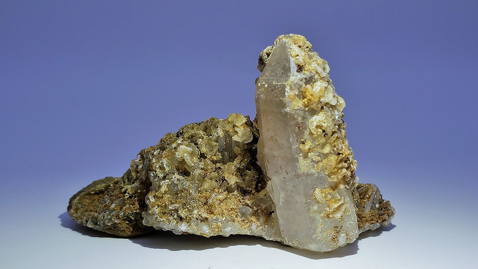 Quartz with Stilbite and Apophyllite from Daye Copper Mine
