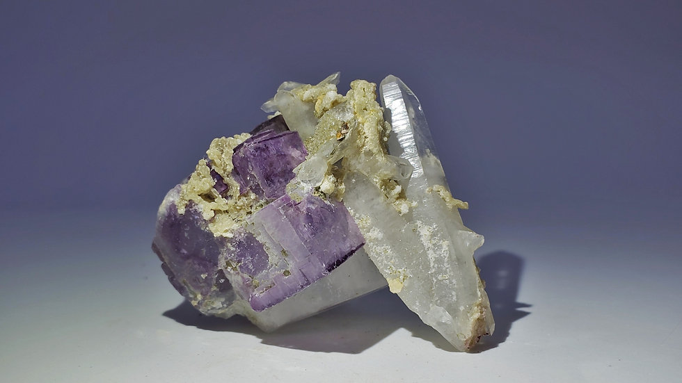 Phantom Fluorite with Dolomite and Quartz from Yaogangxian Mine, China