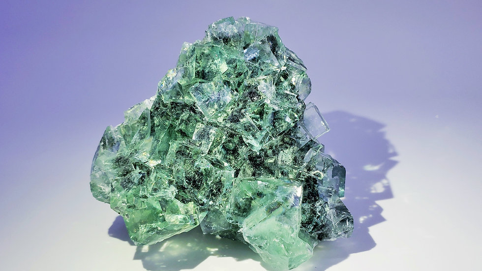 Intense Sea-green Fluorite from Xianghuapu Mine
