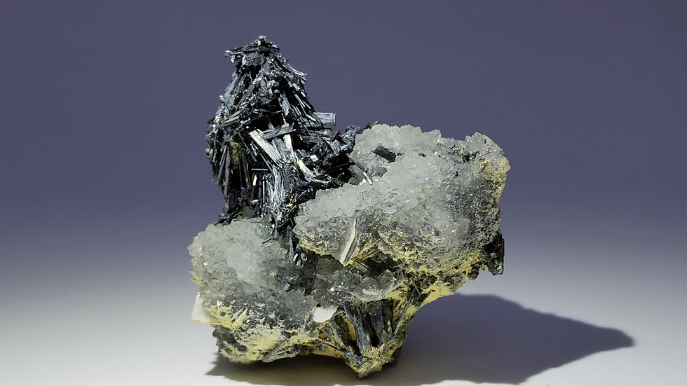 Collector's Piece: Stibnite and Quartz with Dolomite from Xikuangshan Sb deposit