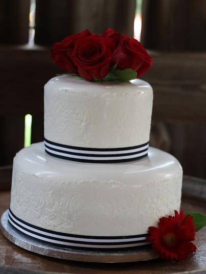 Wedding Cake (211).jpg