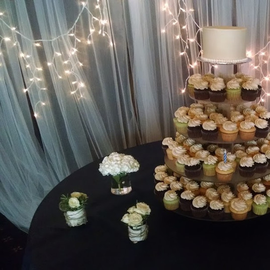 Wedding Cake (204).jpg