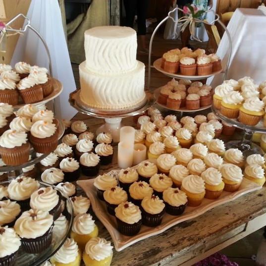 Wedding Cake (192).jpg