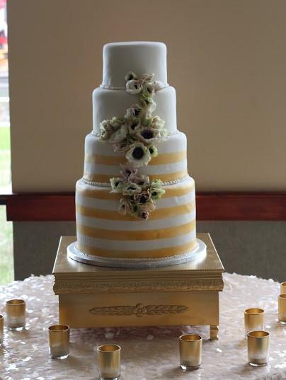Wedding Cake (164).jpg