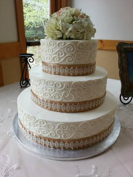Homestead Wedding Cake