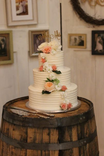 Horizontal swirl cake