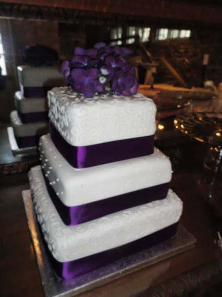 Purple accents cake
