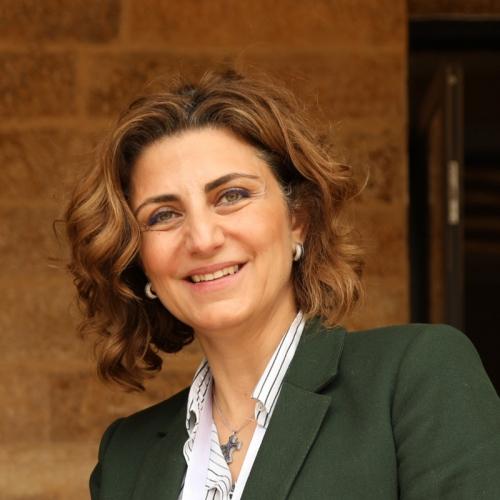 Dr Salma Nims