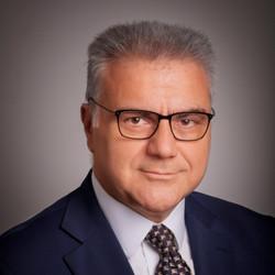 Michael E Economakis