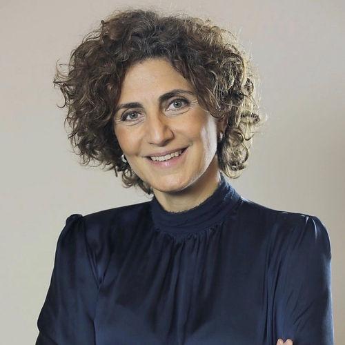 Dr Salma Nims_photo.jpg
