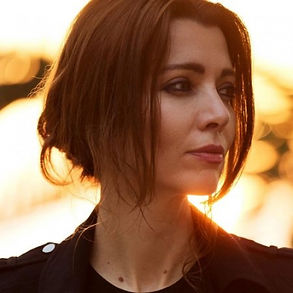 Elif-Safak-photo.jpg