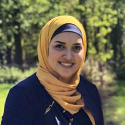 Dr Menna Abukhadra