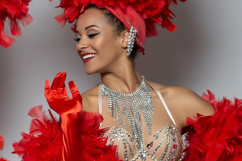 RêvARTe+Revarte+Paris+Events+Cabaret Dancers