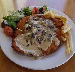 chicken schnitzel & topping