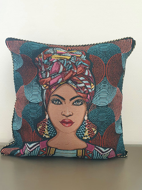 Coussin 45x45 visage femme avec foulard africain
